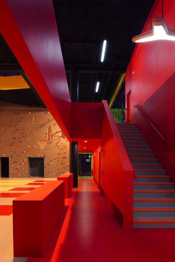 koz-architects-designed-sports-center5-600x900